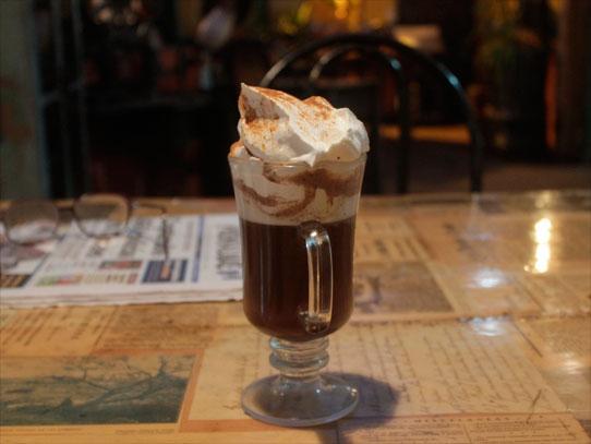 Café con chocolate, una delicia que encontrarás aquí. Foto: Jorge Rodríguez/Viator