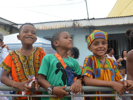 Los niños también disfrutan de este espectáculo. Foto: Natalie Viglia/Viatori