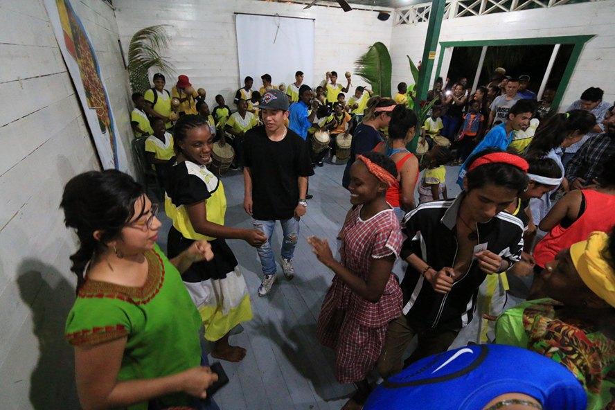 La punta es un baile que se realiza al ritmo de tambores y música caribeña. Foto: Adrián Ramos/INGUAT